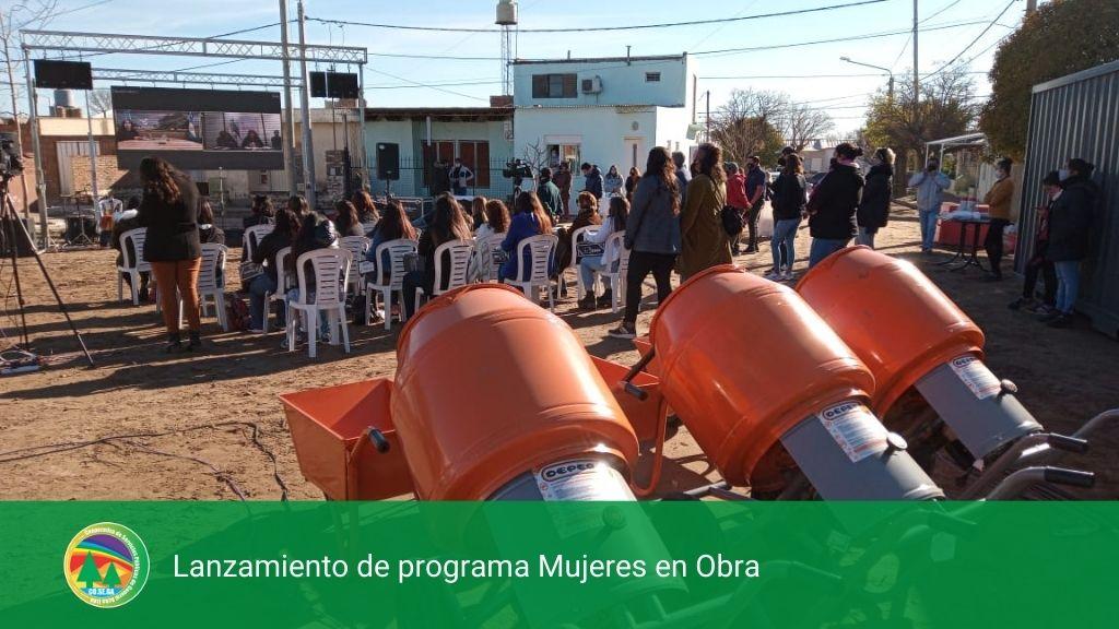 Lanzamiento de programa Mujeres en Obra.